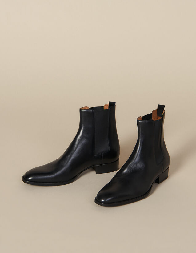Smooth Leather Chelsea Boots : New Collection color Black