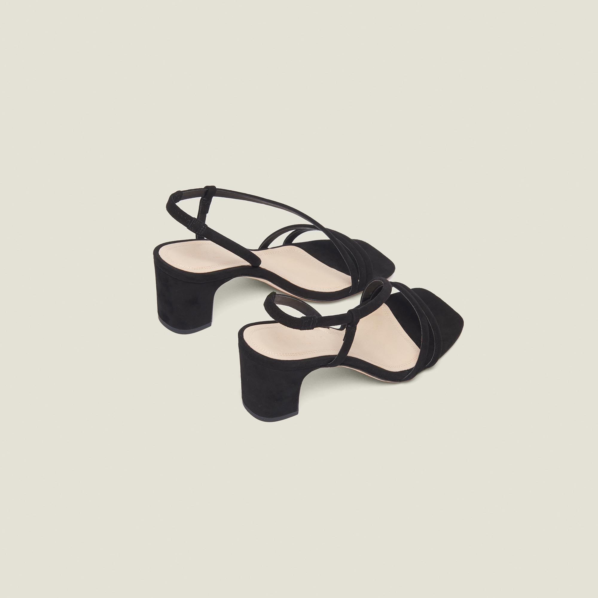 ca3297f641f ... Low-heeled leather sandals   Summer Collection color Black ...