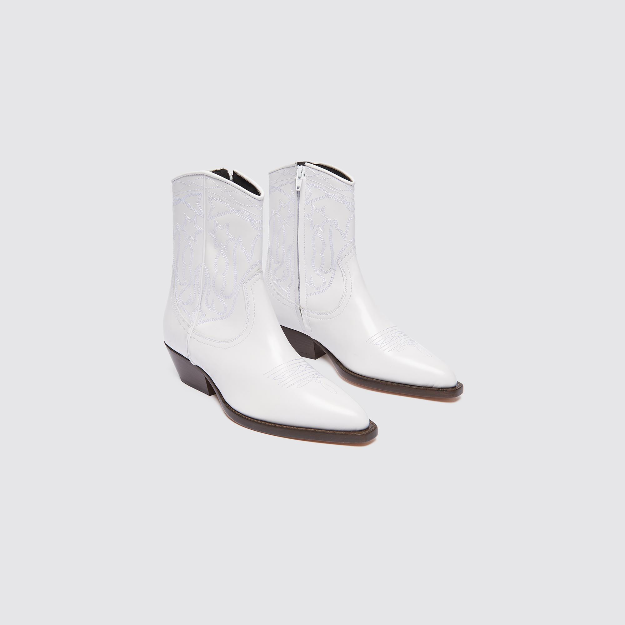 5d59a78512f Leather cowboy boots